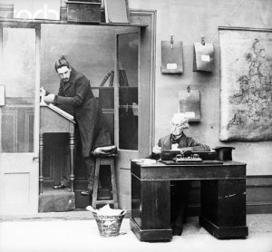 Victorian Office With Boss And Clerk